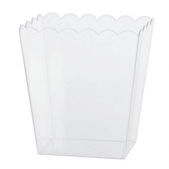 Clear Medium Plastic Scalloped Containers 15.2cm