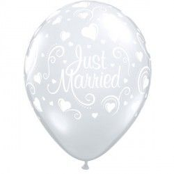 "JUST MARRIED HEARTS 11"" DIAMOND CLEAR (50CT)"